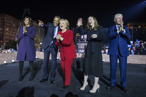 Hillary Clinton celebrates on stage with President Obama, Bill Clinton, Michelle Obama, and Chelsea Clinton, at a rally at Independence Mall, in Philadelphia, Pa., Monday, Nov. 8 2016.)