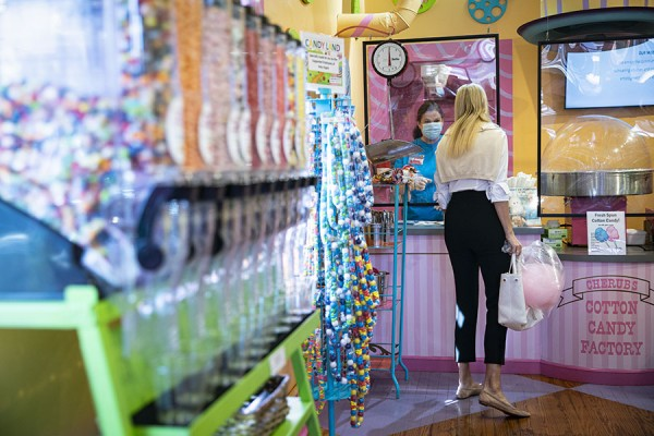 White House Senior Adviser Ivanka Trump shops for candy as she tours the Cotton Candy Factory while campaigning for U.S. President Donald Trump, not pictured, in Belmont, North Carolina, U.S., October 1, 2020. REUTERS/Al Drago